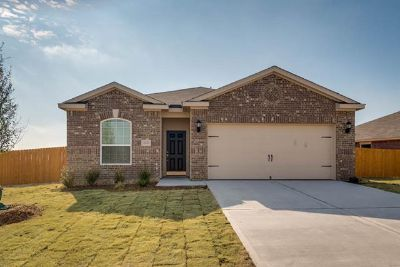 $909, 3br, Chef Ready Kitchen, Master Retreat and Upgraded Appliances