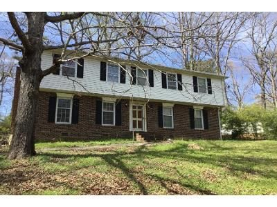 3 Bath Preforeclosure Property in Knightdale, NC 27545 - Lynnwood Estates Dr
