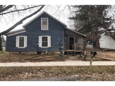2 Bed 1 Bath Preforeclosure Property in Phelps, NY 14532 - Clifton St