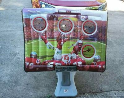 EA SPORTS Inflatable Football Target