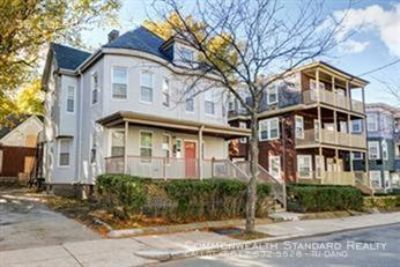 AVAILABLE 9/1!! - 10BED/3BATH IN Dorchester - MODERN PROPERTY & PET FRIENDLY!!!