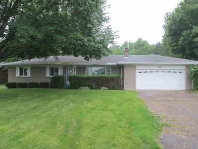 3 Bed 2 Bath Foreclosure Property in Charlotte, MI 48813 - Lansing Rd