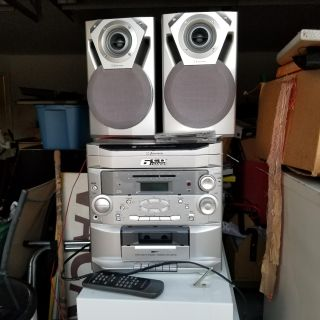 Stereo with remote 6 cd