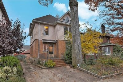 $3000 4 single-family home in Fort Lee