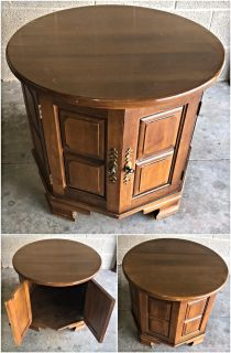 Rockingham Round Solid Wood End Table with Storage