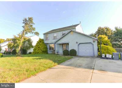 25 Borrelly Blvd Washington Township Three BR, Welcome home to