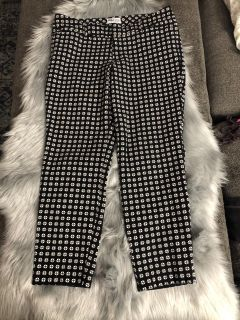 Old Navy Pixie Style Ankle Crop Pants