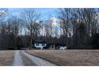 4 Bed 2.5 Bath Foreclosure Property in Powhatan, VA 23139 - Holly Hills Rd