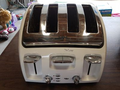 T-Fal Deluxe 4 Slice Toaster
