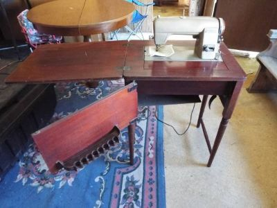 Sewing Machine*Antique*Kenmore*Good Condition*Lower Price