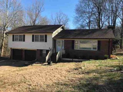 103 west Debby Dr. Shelby Three BR, Interior recently updated