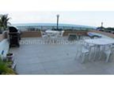 $175 / Two BR - 1450ftandAcirc;andsup2; - Two BR condo with patio overlooking th