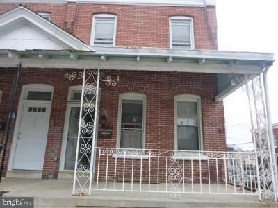 3 Bed 1 Bath Foreclosure Property in Norristown, PA 19401 - Chain St