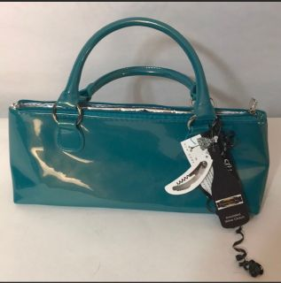 Insulated wine purse with corkscrew
