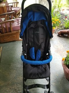 Urbini stroller brand new bought for my daughter but she's having a girl asking 50.00 firm.