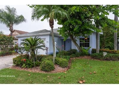 2 Bed 2 Bath Foreclosure Property in Sarasota, FL 34235 - Edenrose Way
