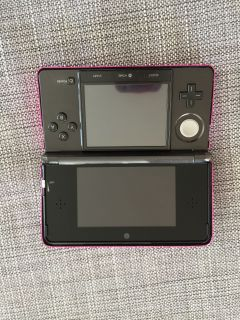Nintendo 3DS - Black - charger, carrying case and games