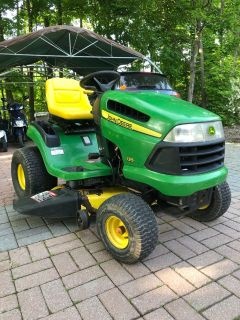 John Deere tractor/ PERFECT CONDITION