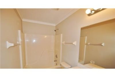 4 bedrooms Condo - Located in the City of Brevard.