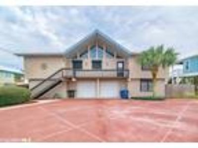 $929000 Five BR 4.00 BA, Orange Beach