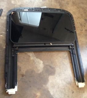 Sell SUNROOF ASSEMBLY 8E0877071B AUDI A4 S4 RS4 02-08 GLASS B6 motorcycle in Portage, Indiana, US, for US $200.00