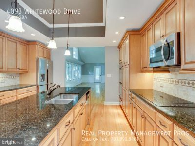 New Paint-Remodeled-Gourmet Kitchen