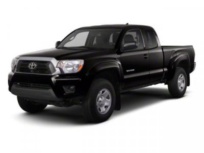 2013 Toyota Tacoma Base (Super White)