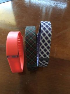 3 brand new FITBIT bands - never used