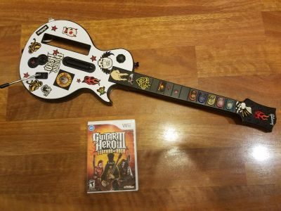 Guitar hero 3 and guitar for wii