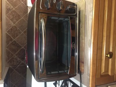 Oster toaster oven.