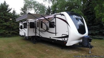 2015 Keystone Denali 287 RE Travel Trailer