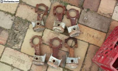 Full Set Of Early 911 Rods Pistons
