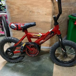 Huffy Lighting McQueen Disney cars bike