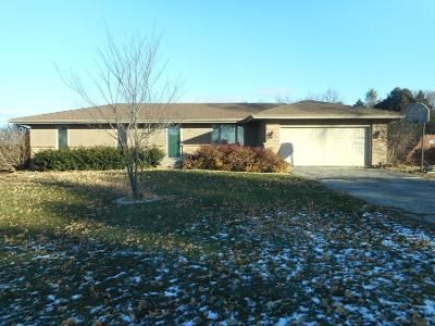 3 Bed Preforeclosure Property in Winnebago, IL 61088 - W Mcdamyn Cir