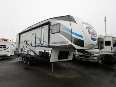 2017 Forest River arctic wolf 255drl4
