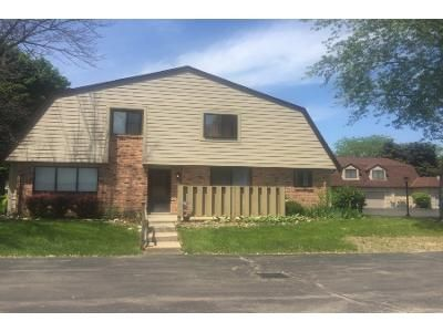 2 Bed 2 Bath Preforeclosure Property in Milwaukee, WI 53223 - N 73rd St