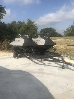 2015 Yamaha jet skis with trailer included