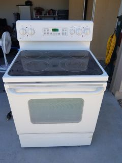 Glass top electric stove