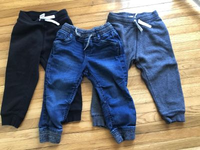 Lot of 3 H&M pants size 2-3 year