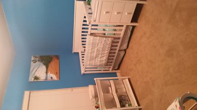 Baby crib/changing table duo-white wood
