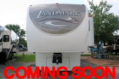 2011 Heartland Landmark ONTARIO Fifth Wheel RV