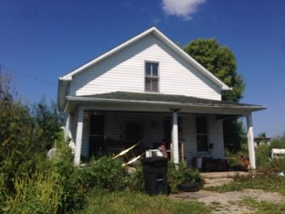 3 Bed 1 Bath Preforeclosure Property in Versailles, OH 45380 - Greenville Saint Marys Rd