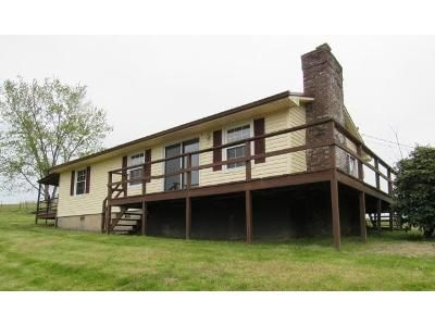 3 Bed 1 Bath Foreclosure Property in Duffield, VA 24244 - Copper Creek Rd