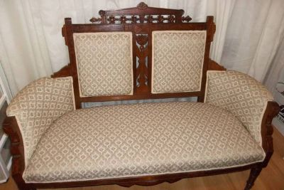 Eastlake Antique Settee And Chairs