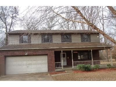 5 Bed 2.5 Bath Foreclosure Property in Clarksville, IN 47129 - 1 2 Taylor Dr