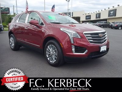 2018 Cadillac XT5 Luxury FWD (Red Passion Tintcoat)