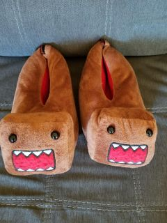 Domo slippers, Size M 8/9