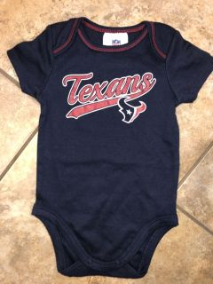 Houston Texans NFL Football Playsuit Onesie. Very Nice Condition. Size 6-12 Months