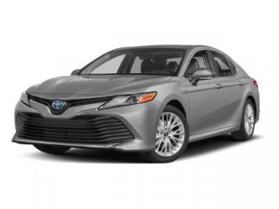 2018 Toyota Camry Hybrid LE (CELESTIAL SILVER METALLIC)