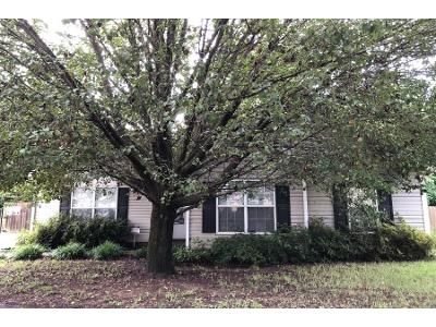 3 Bed 2.0 Bath Preforeclosure Property in High Point, NC 27265 - Carlisle Way